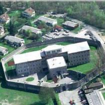 Petorica zatvorenika pobegla iz švajcarskog zatvora Bua-Merme u
