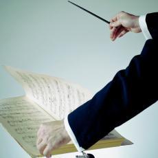 Američki dirigent Lari Njulend upravlja operom Norma
