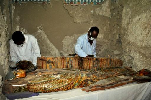 Egipatski arheolozi otkrili preko 1.000 statua, drvene kovčege i nekoliko mumija