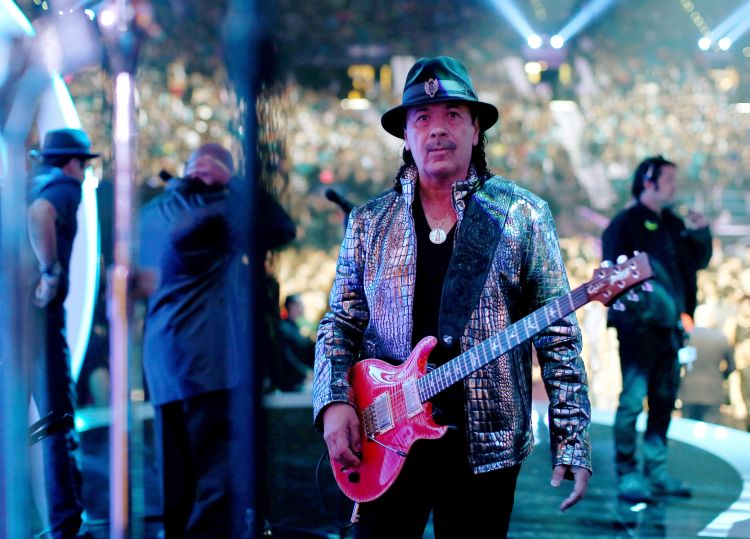 Carlos Santana Karlos-Santana-naljutio-fanove-Bijonse-nije-prava-pevacica-to-je-vise-neka-manekenska-vrsta-muzike-2