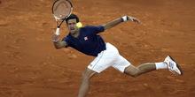 Kiša prekinula Novakov pohod ka polufinalu