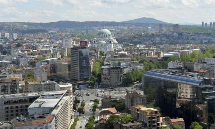 Kolaps u centru grada: Nemoguće ka Slaviji, putnici napuštaju GSP