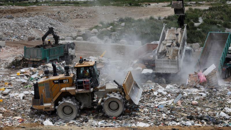 Mesec dana gori deponija, nadležni traže razjašnjenje o zagađenosti