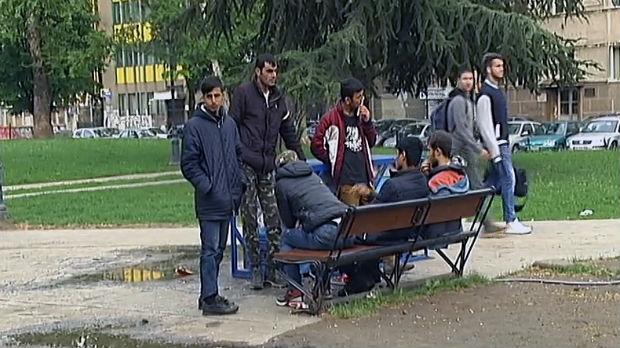 Image result for Počelo razmeštanje migranata s beogradskih ulica