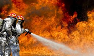 Požar kod Orlovače: Zapalio se kamion, nema povređenih (FOTO)