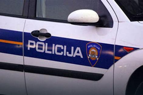 Split: U požaru automobila dve osobe teže povređene