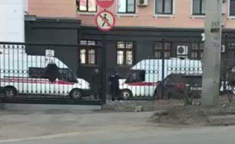 (VIDEO) DRAMA U RUSIJI: 3 mrtva u napadu na stanicu FSB u Habarovsku, među njima i napadač!