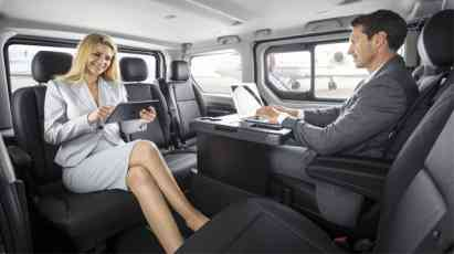 17.08.2017 ::: Funkcionalni, komforni, svestrni: Novi Opel Vivaro Tourer i Vivaro Combi+