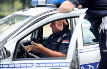 BEZ KAMERE I RADARA Srpska policija pocinje sa primenom novog sistema vise niko nece voziti brzo