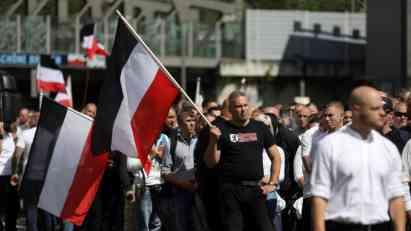 Berlin: 39 osoba privedeno zbog marša ekstremne desnice