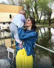 ČARI MAJČINSTVA Ovako Tamara Dragičević uživa sa ćerkicom