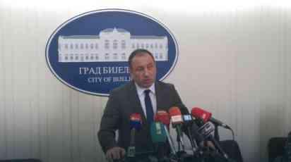 Crnadak: Pozivam Dodika da ne uvede Srpsku u izolaciju