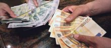 Dinar na istom nivou, kurs 123,37