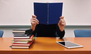 Država nagrađuje srednjoškolce koji završe razred