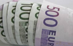 Evro danas 122,97 dinara