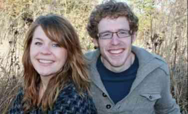 (FOTO) UPRKOS LJUBAVI, NE PODNOSI NJEGOVO PRISUSTVO: Ova žena je bukvalno alergična na svog muža!