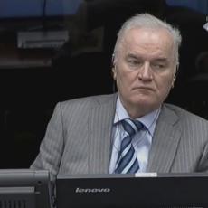 HAG OBAVEŠTEN: Rusija spremna da primi Ratka Mladića na lečenje