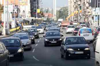HAOS NA ULICAMA Vozači Slaviju izbegavaju u širokom krugu, oko Studenjaka NE MOŽE da se prođe