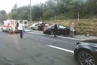HOROR! CRNA NEDELJA NA AUTO-PUTU: Dvoje mrtvih i 10 povređenih!
