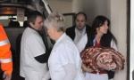 HRABAR PODUHVAT MEDICINSKE EKIPE: Do porodilišta kroz smetove