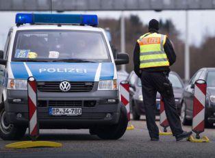 JEZIVA SMRT U KADI Srbin koji je zadavio komšinicu u Nemačkoj se nakon mesec dana skrivanja PREDAO POLICIJI