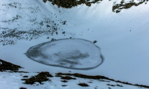 Jezero mrtvih: Voda isparila, a onda je otkriveno na desetine ljudskih skeleta (FOTO)
