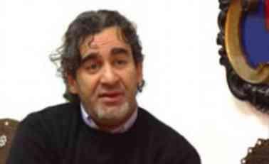 Jusufspahić – Zašto država ne sruši Islamski fakultet u centru Novog Pazara!?