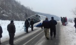 Kruševac: Autobus prinudno sleteo sa puta