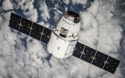 Letelica Spejseksa došla do svemirske stanici, ali je dostava odložena