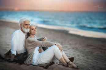 Ljubav ne broji godine – ove dirljive fotografije to i dokazuju
