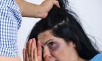 MONSTRUOZNO ZLOSTAVLjANjE: Žigosao suprugu usijanim gvožđem, obrijao joj glavu i urinirao po njoj!