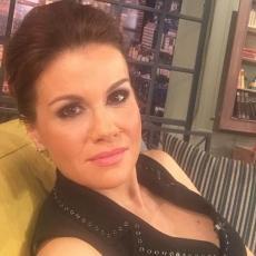 Maja Nikolić je NAJLEPŠA srpska voditeljka, ali kada SKINE šminku...UH! (FOTO)