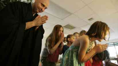 Meditacija smiruje neposlušne učenike