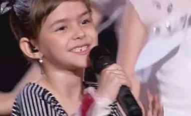 NAJMLAĐA PINKOVA ZVEZDICA OČARALA SVE: Pitali su gde joj zubić, a njen odgovor raznežio je ceo studio (VIDEO)