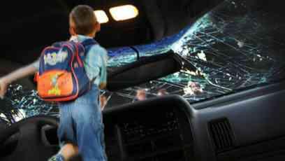 NESREĆA U ZRENJANINU: Automobil udario četvoro dece koja su prelazila ulicu