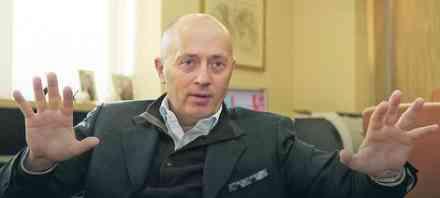 NEVEROVATNO Miodrag Kostić ne može da nađe OVE stručnjake za platu od 2.000 evra!