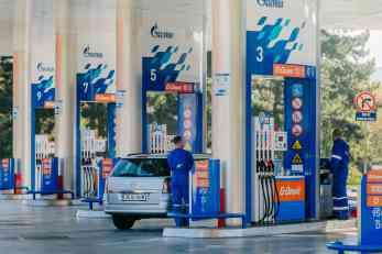 NIS predstavlja prednosti G-Drive premijum goriva na Sajmu automobila