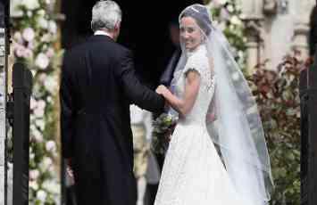 Nosila je vencanicu od 50.000 evra a evo koji STARI detalj je Pipa Midlton imala na sebi (FOTO)