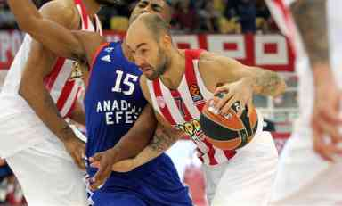 Olimpijakos pokazao Zvezdi kako sa Baskonijom!