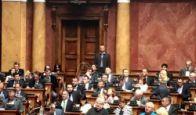 Opozicija kritikovala Vladu zbog zaduživanja Srbije