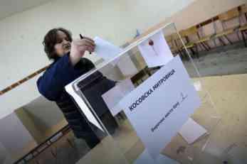 PREDSEDNIČKI IZBORI NA KOSOVU Glasanje na biračkom mestu, a brojanje u VRANJU I RAŠKOJ