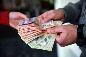 Počela je isplata: Ukoliko se starate o nekome, sutra idite u poštu po novac