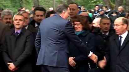Primitivno i nediplomatsko ponašanje Dodika
