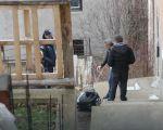 Pucala na muža iz gasnog pištolja, pa pokušala pred policijom da ga dokrajači samostrelom