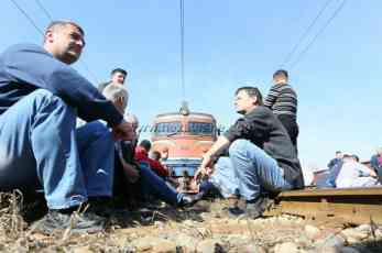 Radnici ŽRS obustavili štrajk nakon isplate februarske plate