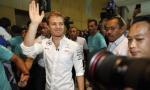 Rozberg osvojio titulu u Formuli 1 pa iznenadio sve: Niko otišao u penziju!