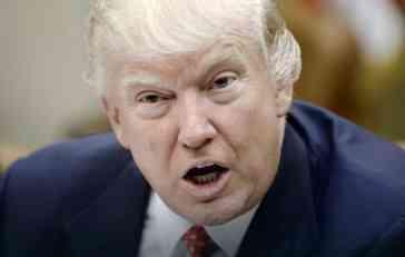 SPALJUJE SVE MOSTOVE Donald Tramp je upravo pokrenuo još jedan RAT!