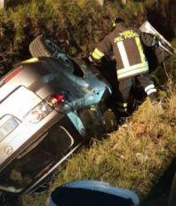 SRBIN POGINUO U ITALIJI Automobil sleteo u jarak, vatrogasci dva sata izvlačili žrtvu iz smrskanog auta