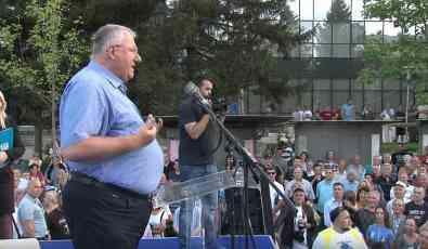 Šešelj: Najteži kandidat biće mi Vučić