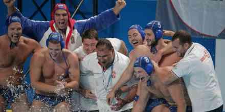 Srbija lako potopila Japan za polufinale Svetske lige